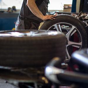 tire-mount-wheel-balance